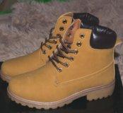 Новые зимние ботинки,маленький размер