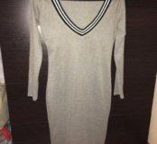 Серое тёплое мягкое платье 44