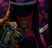 Рюкзак, школьный портфель.