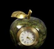 Часы из натурал ного камня