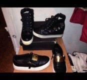 Две пары обуви за 1100