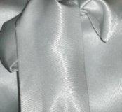 Атласная белая блузка с эффектным бантом+скидка