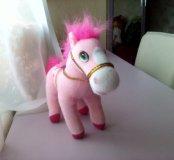 Розовый пони