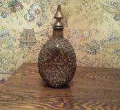 Старинная бутылка в медной оплетке