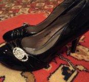 Туфли новые 39 р