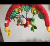 Дуга с подвесными игрушками travel play gym