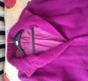 Пальто прекрасного цвета фуксии