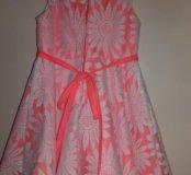 Кружевное яркое платье, детское