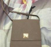 Новая сумочка на интересной, удобной застежке