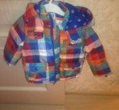 Продам детскую куртку на осень