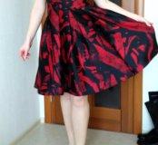Платье Karen Millen.