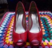 Продам туфельки..Модно и поменять..Предлогайте.))