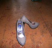 Туфли на проздник и выпускной.