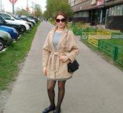 Женское пальтишко.