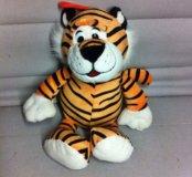 Тигр (говорит стишок)
