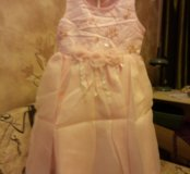 Праздничное платье новое на 5 лет
