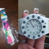 Наручные часы с функцией телефона.