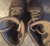 Зимние ботинки на платформе