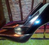 Продам классные туфельки.)