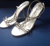 Праздничные босоножки на шпильке туфли женские р38