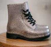 Резиновые ботинки, новые