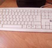 Клавиатура с круглым штекером