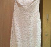 Белое нарядное платье футляр