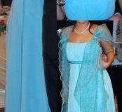 Платье, палантин, туфли, сумочка, жемчужная нить