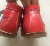 Красные ортопедические ботиночки для девочек Totto