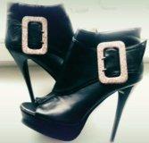Женские ботиночки 39 -40 размер