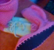Тапочки вязанные, на подошве.