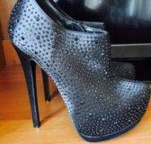 Ботильоны новые в стразах обувь туфли