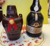 Две пустые бутылки. Для декора или коллекции.