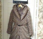 Пуховик-пальто в отл.состоянии, р-р М (Италия)