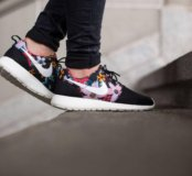 Nike Roshe Run Flower