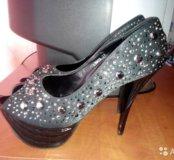 Крутые туфли в хорошем состоянии