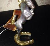"Скульптура ""Лошадь "" на подкове"