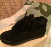 Новые, зимние ботинки