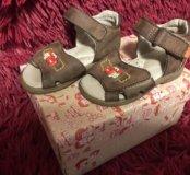Босоножки (туфли ясельного возраста) Shagovita