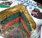 Торт на заказ с цветными бисквитами