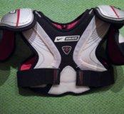 Хоккейная защита груди