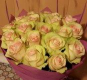 САО свежие розы в фетре + доставка