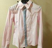 Новая нежно-розового цвета рубашка