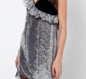 Серебряное платье в пайетках