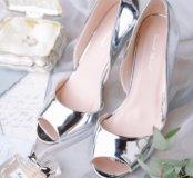 Туфли серебряные