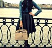 Чёрная матовая кожаная расклешенная юбка