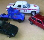 Машинки металлические