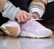 Nike Air Huarache pastel'