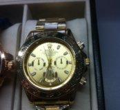 Часы золотые