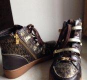 Ботинки Michael Kors